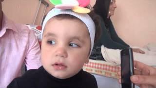 Mustafa Ceceli hayranı görme Engelli kız