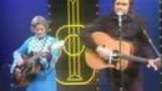 Johnny Cash - Pick The Wildwood Flower