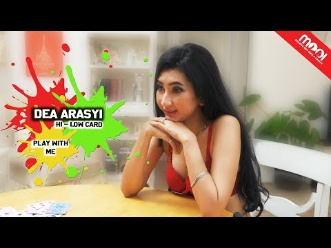 Download Video [HOT GAMES] KALAH BUKA BAJU!! MOOI VS DEA ARASYI DUEL HI-LOW CARD!!