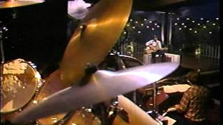 """Glen Campbell singing and playing """"CRAZY"""""""