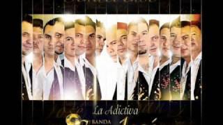 Banda San Jose De Mesillas ( Mueveme El Pollo).wmv
