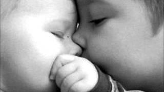 Sorriso Maroto - A Primeira Namorada