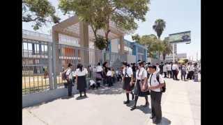 La puerta del colegio (Salsa) - Trueno