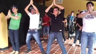 "(Just Dance 4)  ""On The Floor"" Yohan y su combo"