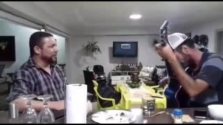 Danilo & Magrão cantando Juro, você é a minha vida de João Carreiro & Capataz.