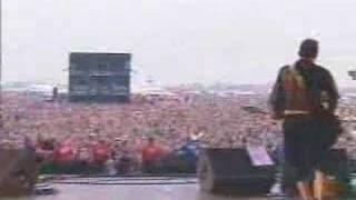 System Of A Down - prison song 2001 Reading Festival Live