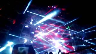 Hardwell Live @UMF 2014 - U (W&W Remix) - Gareth Emery