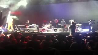 """Yeah Yeah Yeahs """"Mosquito"""" Live Coachella 2013 Weekend 2"""