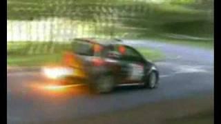 Rallye-MAD.com Closeups: Massive flame and drift, Renault Clio R3