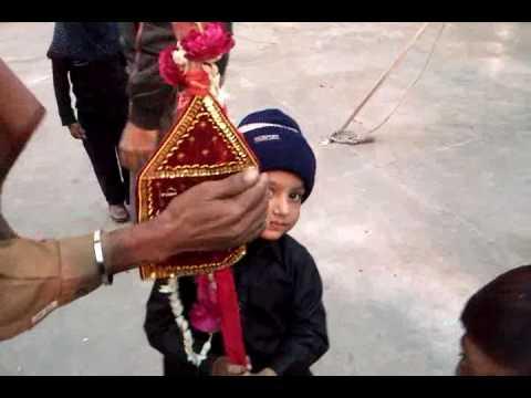 ali holding Alam pak on 11th moharam 1.flv