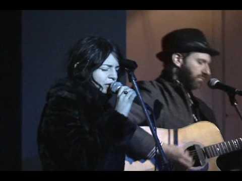 elysian-fields-climbing-my-dark-hair-acoustic-live-gatovadio