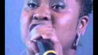 """Fama- Vanessa Jackson sings """"Como Nossos Pais"""""""