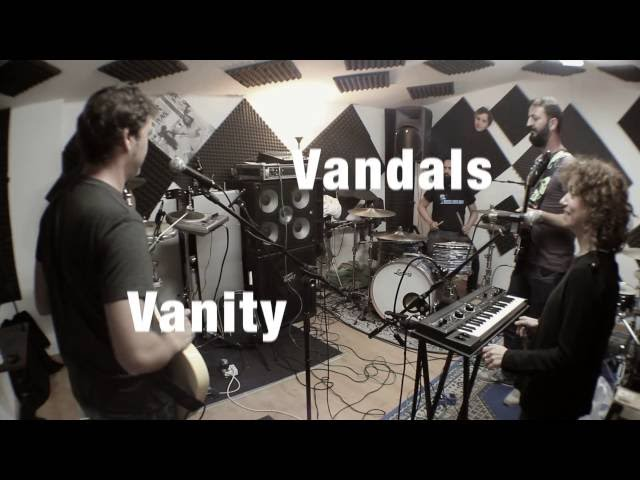 Vídeo de la canción I'm Walking de Vanity Vandals