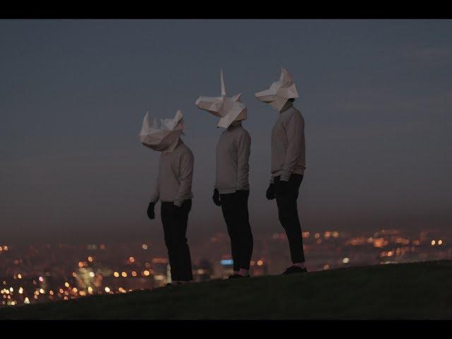Videoclip de la canción Origami de Ganges