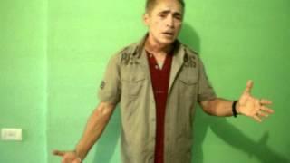 Elias de Aguiar - Interpreta - Além do Sol, Além do Mar - 11 de Maio de 2012.