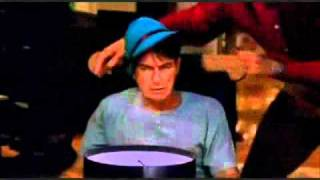 Two and a half men S04 F02  Steven Tyler (german)