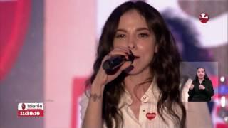Paty Cantú - Amor, Amor (Teletón Chile 2016)