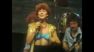 Lauren Copley - And then he kissed me (Durban show Girls are fun 1989)