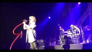 """CHICKENFOOT debut """"Divine Termination"""" off new """"Best + Live"""" collection"""