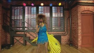 Tina Turner Impersonator Pt. 3