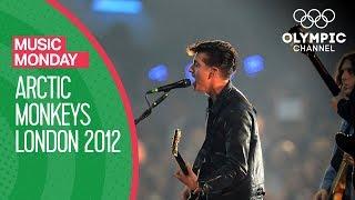 I Bet You Look Good on the Dancefloor - Arctic Monkeys live @London 2012