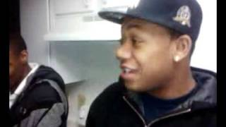 Trill Tr3 freestyling in the kitchen