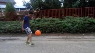 Tomika és Krisztofer foci tangosok!