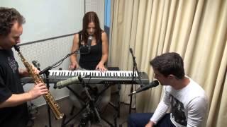 Nina Pušlar - Bilo lepo bi (ACOUSTIC LIVE @ Radio 1 session)