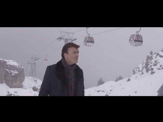 Videoclip oficial de 'Cuando Me Lembro de Ti', de Tony Carreira.