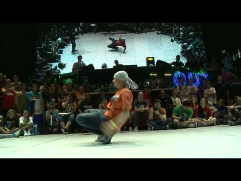 Lussy Sky MAGIC MAD MEN (Ukraine) vs Thomaz ROCKAFELLAZ (Poland): Oubtreak 8 Footwork Top 8