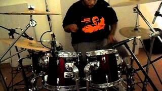 Studio Claro Music Rodrigo Claro , Marcos Kinder tirando um som