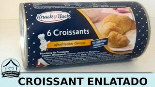 Abrindo uma lata com 6 croissants dentro - produto comprado na Alemanha