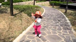 Baby Lauren Lunde Singing and Dancing
