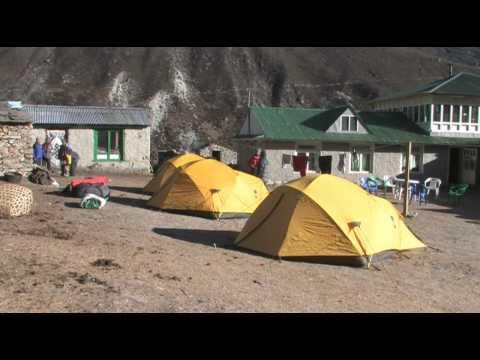 Dingboche to Lobuche – Everest base camp trek