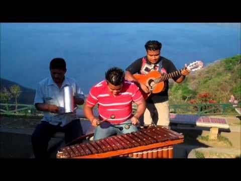Marimba Music – Caratina Nicaragua.wmv