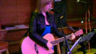 Bar XLR Open Mic - Jamey-lynn Lowe -  Pink cover 'Fuckin' Perfect'