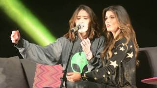 """Quero Sim"" PAULA FERNANDES & VICTORIA FERNANDES Teatro Bradesco-RJ 20/07/2017"