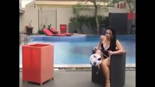 Chica dominando el balón 😍