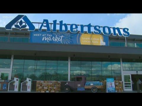 Albertsons, Initial public offering