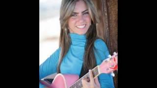 Natália Araújo - voz e violão (Lábios compartidos)