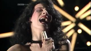 Annie Lennox (Eurythmics):  Love Is A Stranger (live Synth Britannia1983) - HQ sound
