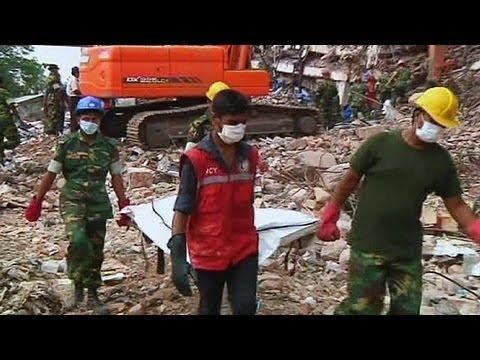 Bangladeş'te ölü sayısı 500'ü geçti