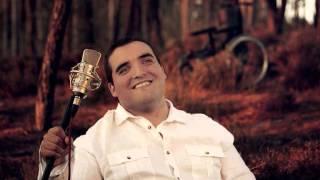 Cantor Carlos de Portugal Moreninha Linda