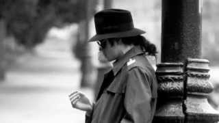 Michael Jackson Talks About Stranger In Moscow