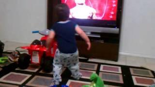 Toddler dancing - gangsta style