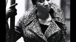 Aretha Franklin   I say a little prayer  Official song ) HQ version , Photos   Photoshoots