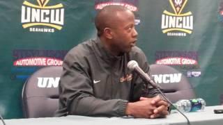 College of Charleston Coach Earl Grant at UNCW (Feb. 11, 2015)