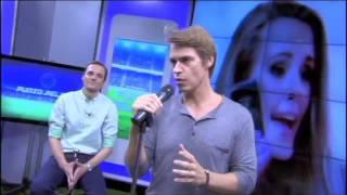 Carlos Baute interpreta 'Perdimos el control' en Punto Pelota