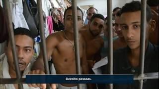 Presos em Pernambuco constroem favela dentro de penitenciária superlotada