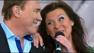 Lotta Engberg & Christer Sjögren - Don't let me down (Live @ Lotta på Liseberg)
